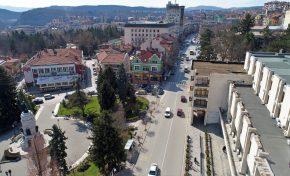 Община Велико Търново продължава грижата за рискови групи в условията на пандемия