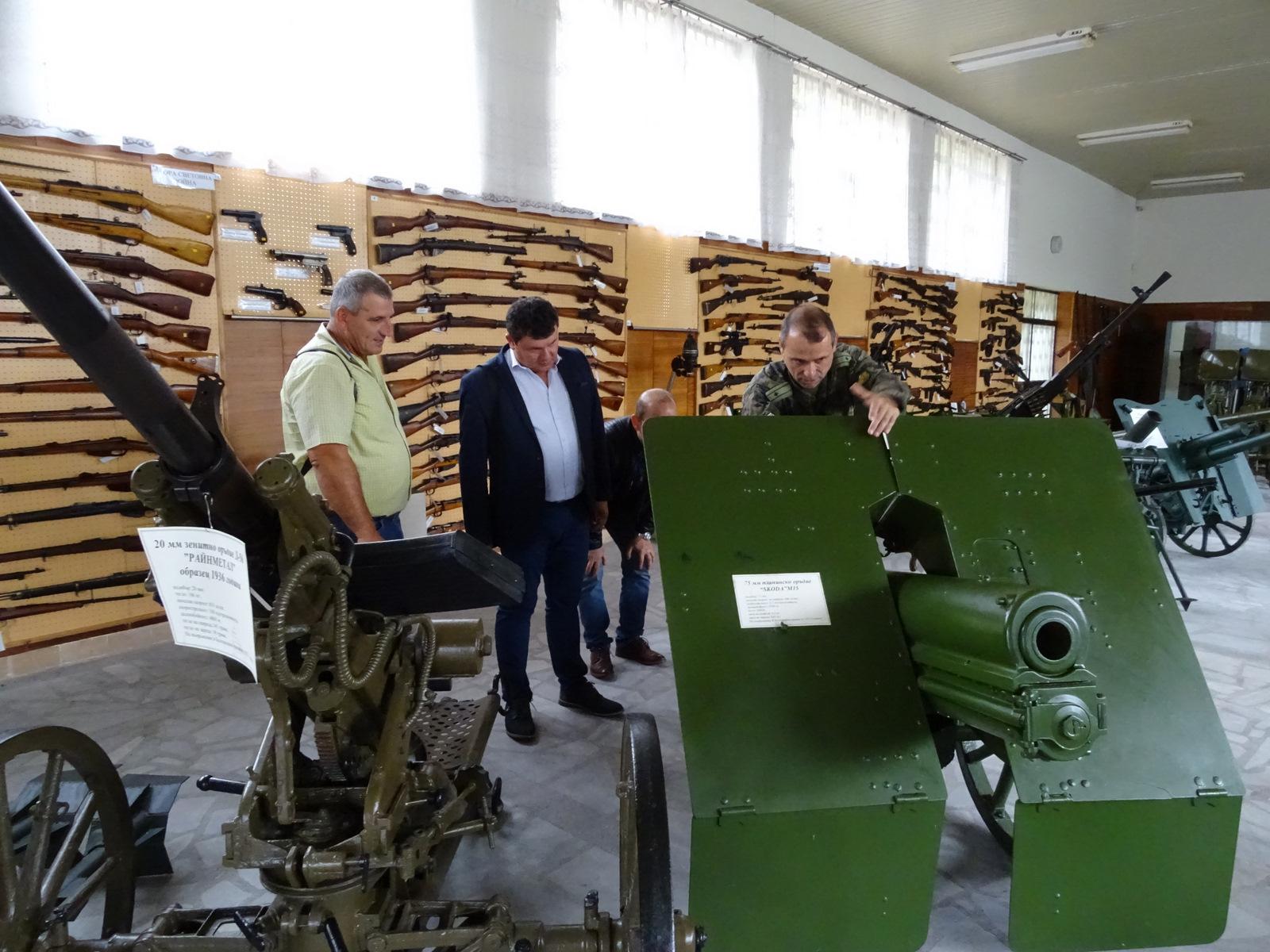 Противотанково оръдие пази бойната слава и патриотизма в Сухиндол