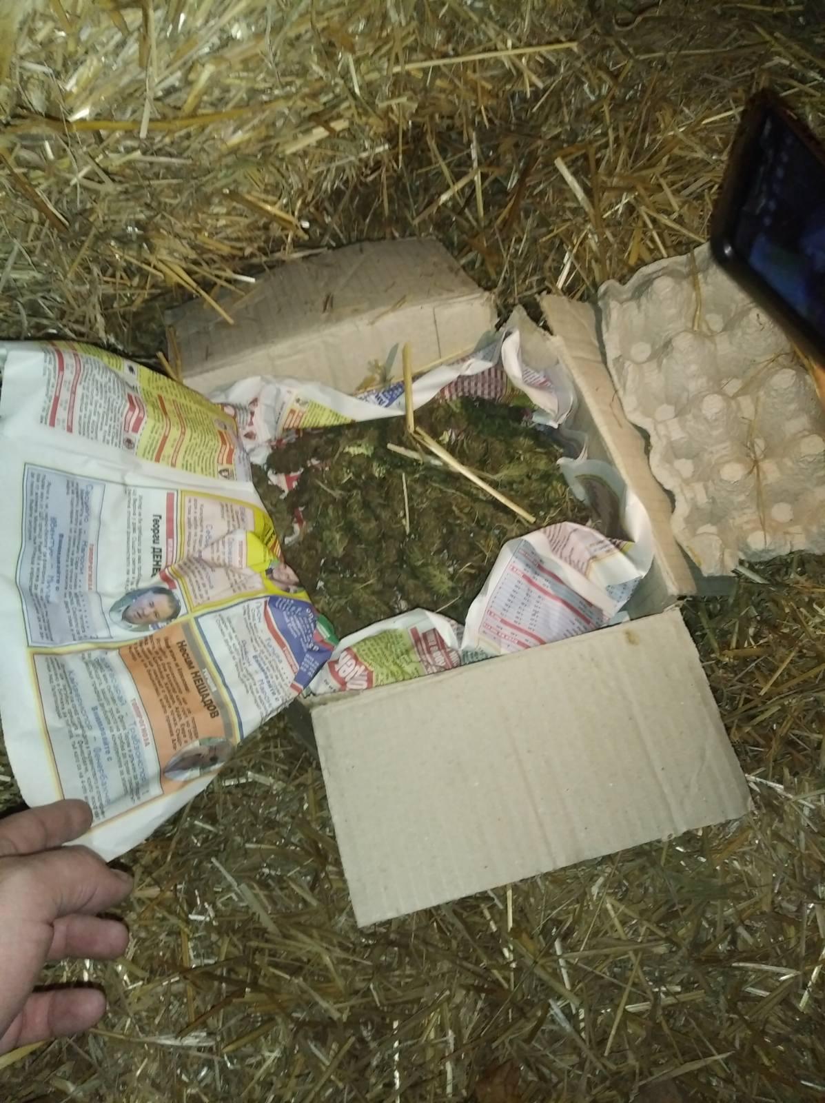 Над 3 кг канабис и половин тон нелегален алкохол откриха при спецакция във Великотърновско