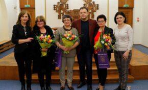 Даниел Панов с жест към дългогодишни директорки на детски ясли във Велико Търново