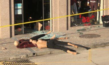 Мъж натроши с бухалка витрината на магазин в района на ГУМ-а (СНИМКИ)