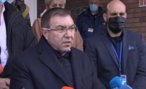 """Смъртен случай у нас е причина за спиране на имунизациите с """"Астра Зенека"""""""