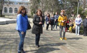 Проф. Любомира Попова от ГЕРБ-СДС:  Трайно расте интересът към учителската професия
