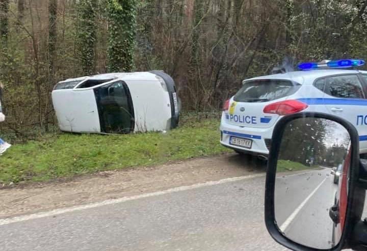 Два пътни инцидента на Южния пътен възел и Арбанаси станаха в ранния следобяд