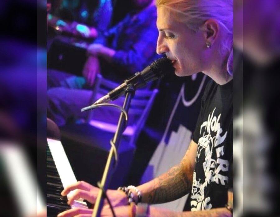 Музикантът Петко Савов: Пиано баровете и клубовете много ми липсват (ВИДЕО)