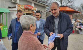 Жители на Полски Тръмбеш и Свищов към Цветанов: Няма работа, децата ни бягат, не искаме повече ГЕРБ да управлява, затова разчитаме на вас