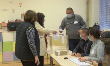 101 558 жители на областта упражниха правото си на вот, 4 100 успяха да гласуват машинно