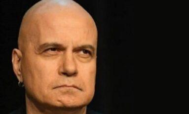 Парламентът започва без Слави, не може да излиза от дома си до 23 април