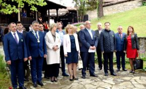 Областният управител Георги Гугучков уважи празника на Елена