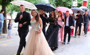 Сватби и балове без забрани. Отпадна ограничението за събиране на над 15 души