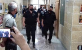 Полицаите от Трето районно в Пловдив остават окончателно в ареста