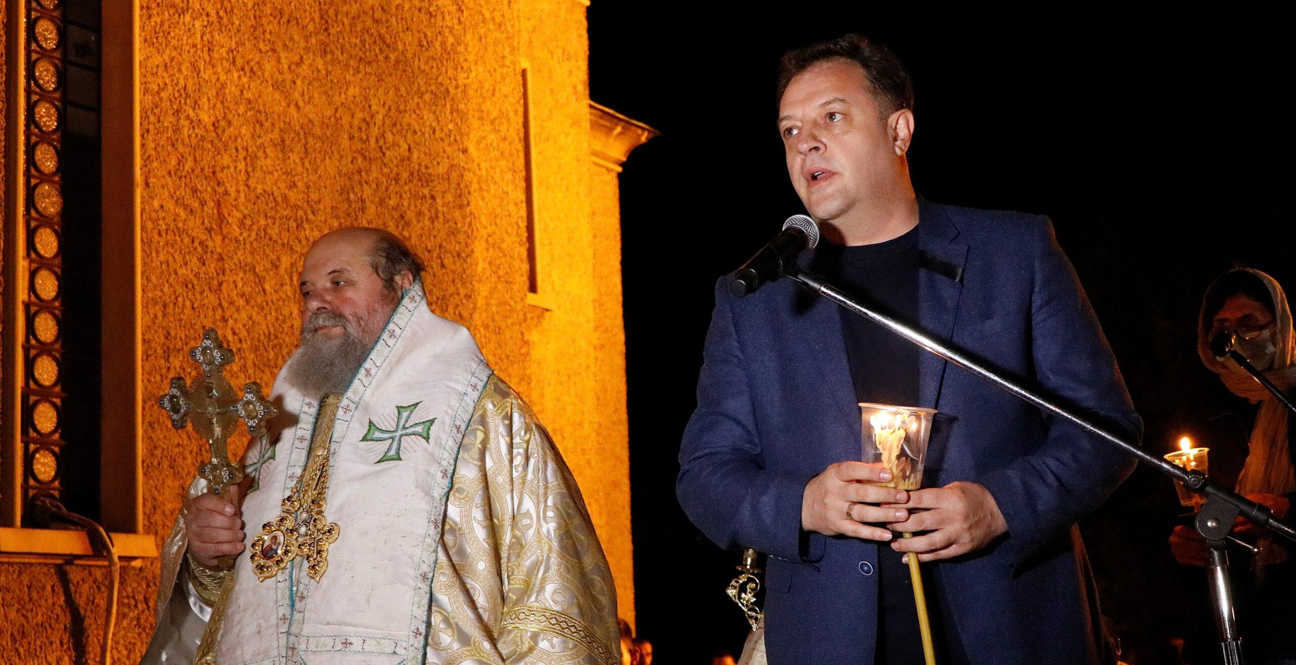 Даниел Панов, кмет на Велико Търново: Христос воскресе! Правете добрини, носете любовта в сърцата си и светлината в душите си!