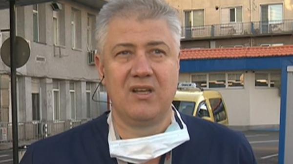 """Проф. Асен Балтов е приет в """"Пирогов"""", настанен е в интензивното отделение"""