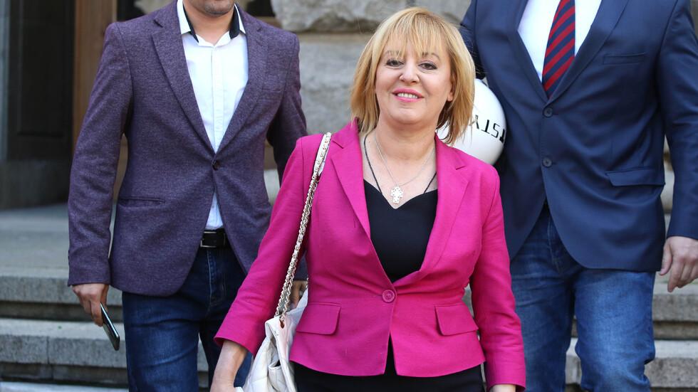 Мая Манолова събра необходимия брой депутатски подписи за създаването на Комисия по ревизията