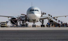 Евакуираха четирима българи от Афганистан с румънски самолет