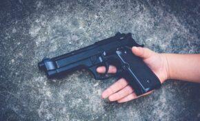 Спор между 13-годишни ученици в САЩ завърши със стрелба, загина момче