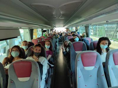 Ученици от Свищов заминаха на триседмичен стаж в Испания