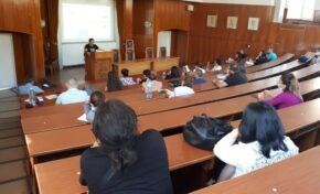 С информационни срещи приветстват задочните студенти в Свищов