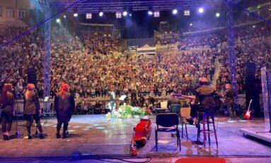Лили Иванова слиза от сцената след грандиозен скандал в Пловдив