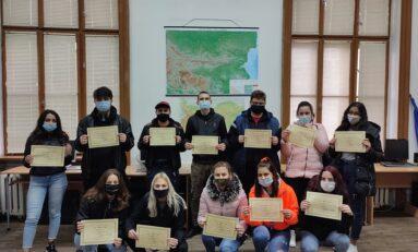 """Ученици от Х клас на ПДТГ """"Димитър Хадживасилев"""" взеха участие в образователна програма на Районен съд – Свищов"""