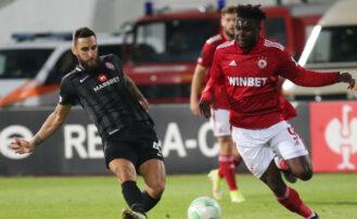 ЦСКА загуби от Зоря Луганск след куп пропуски пред украинската врата