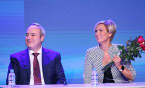 Кандидатпрезидентската двойка Анастас Герджиков и Невяна Митева утре са на обиколка във Великотърновско