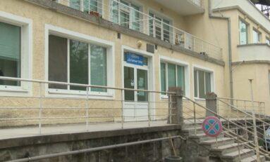 Във Велико Търново заработи изнесен кабинет за пациенти с COVID-19 с леки и среднотежки симптоми