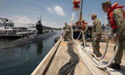 Американска ядрена подводница се сблъска с неизвестен обект, 15 моряци са пострадали