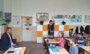Кметът на община Павликени инж. Емануил Манолов се включи в кампания за насърчаване на четенето